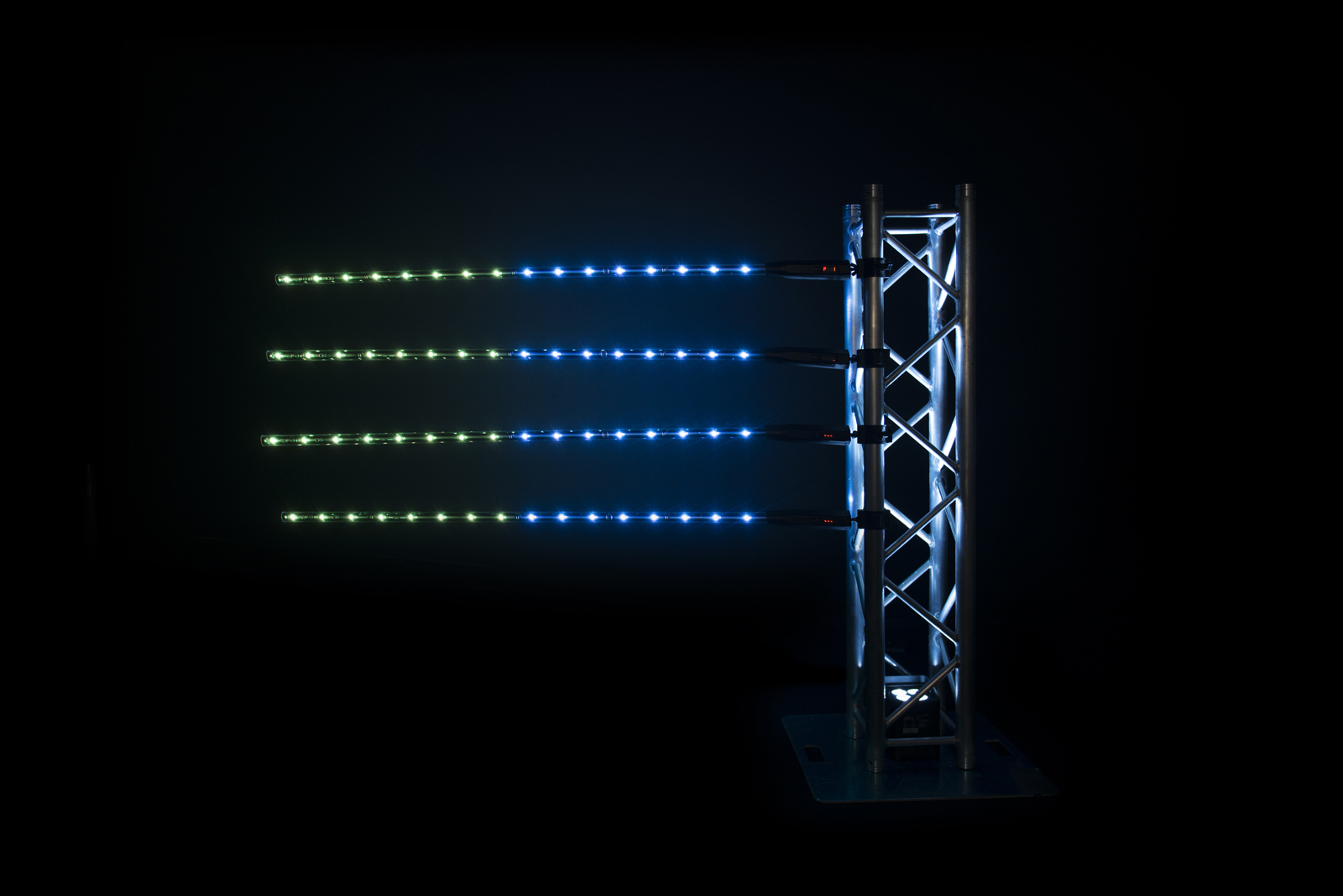 CHAUVET DJ Freedom Stick Battery powered RGB LED Pixel tube effect light  with D-Fi USB Socket