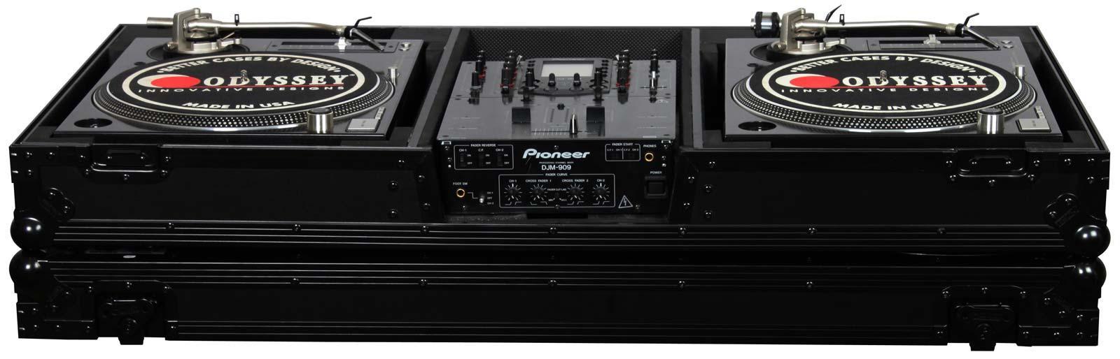 "Odyssey FZBM10W 10/"" Mixer 2 Turntables In Battle Mode Flight Case"