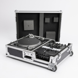 Check out details on SCRATCH SUITCASE MAGMA page